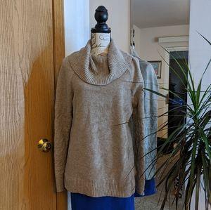 Calvin Klein Cowl Neck Sweater 🍒